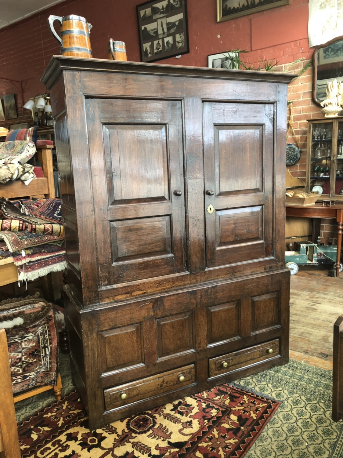 91. 18th Century Oak Cupboard