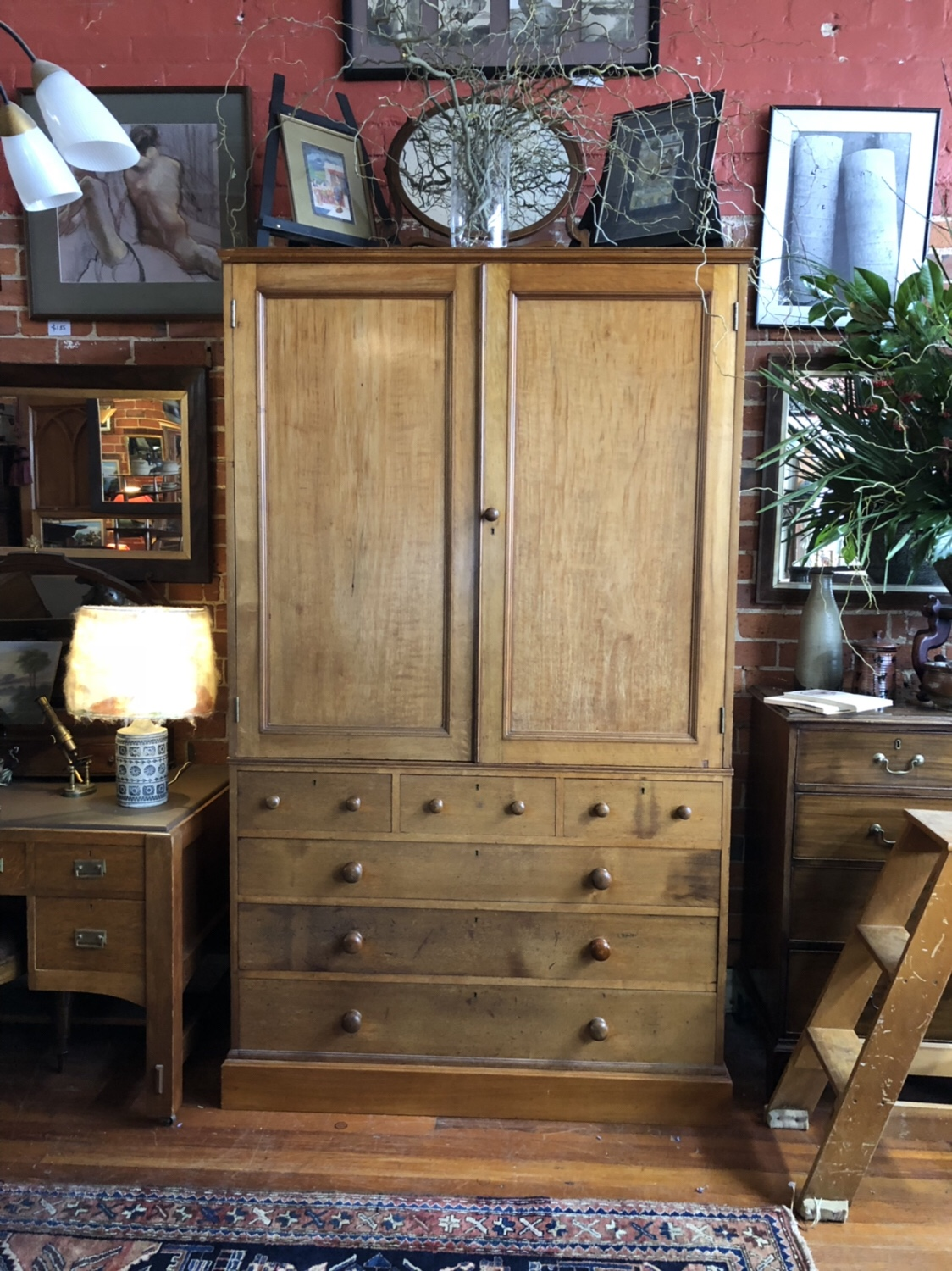 99. WALNUT LINEN PRESS