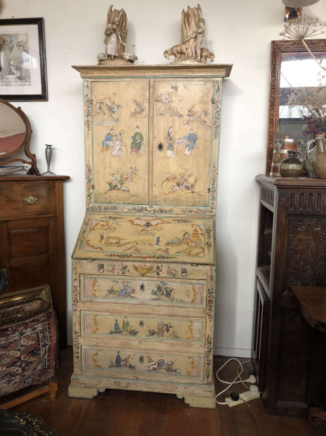 134. Chinoiserie Cabinet