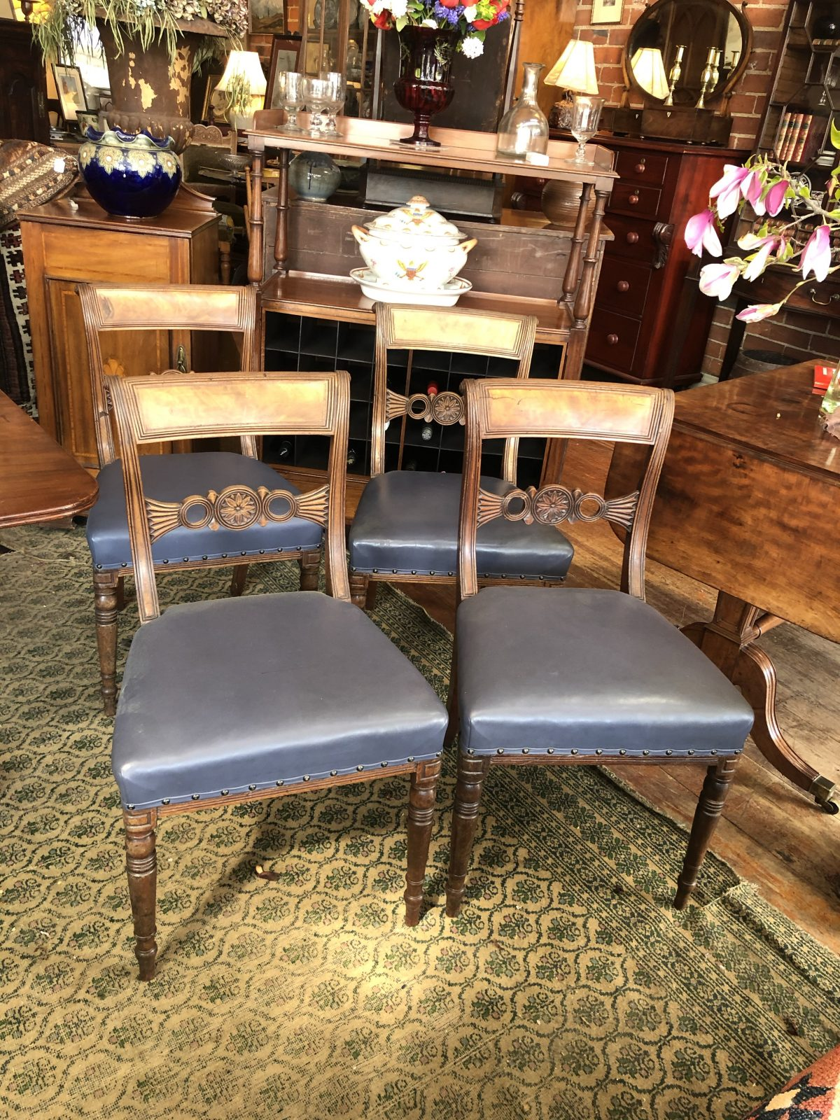 181. Dinning Chairs.