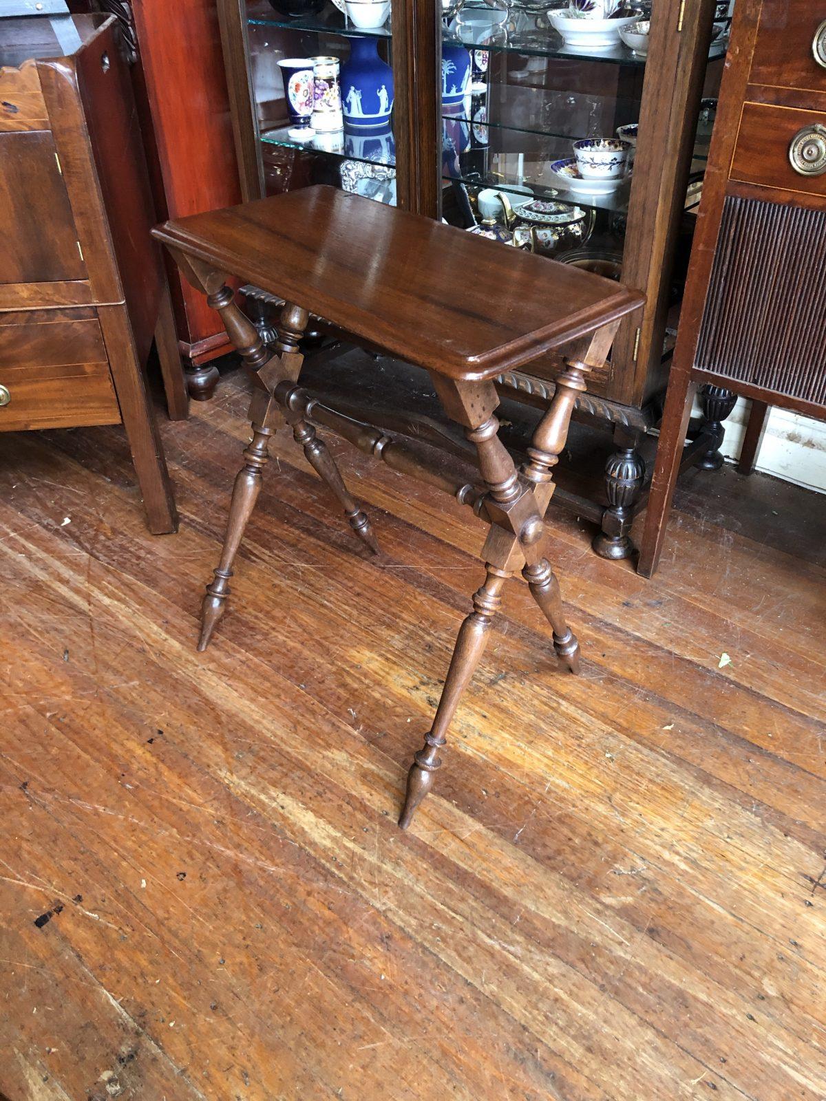 184. Cedar Table